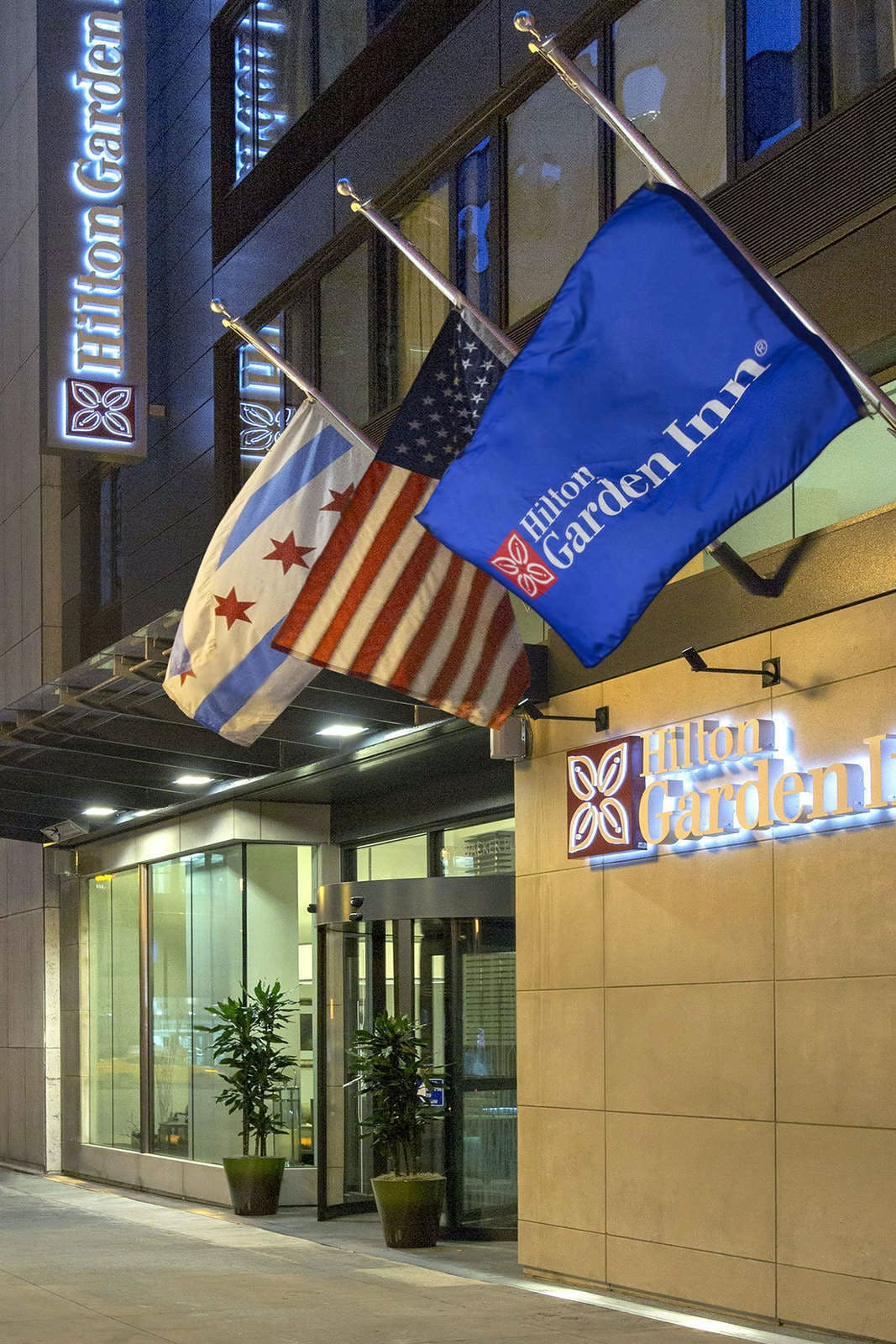 Hilton Garden Inn Chicago / North Loop Hotel