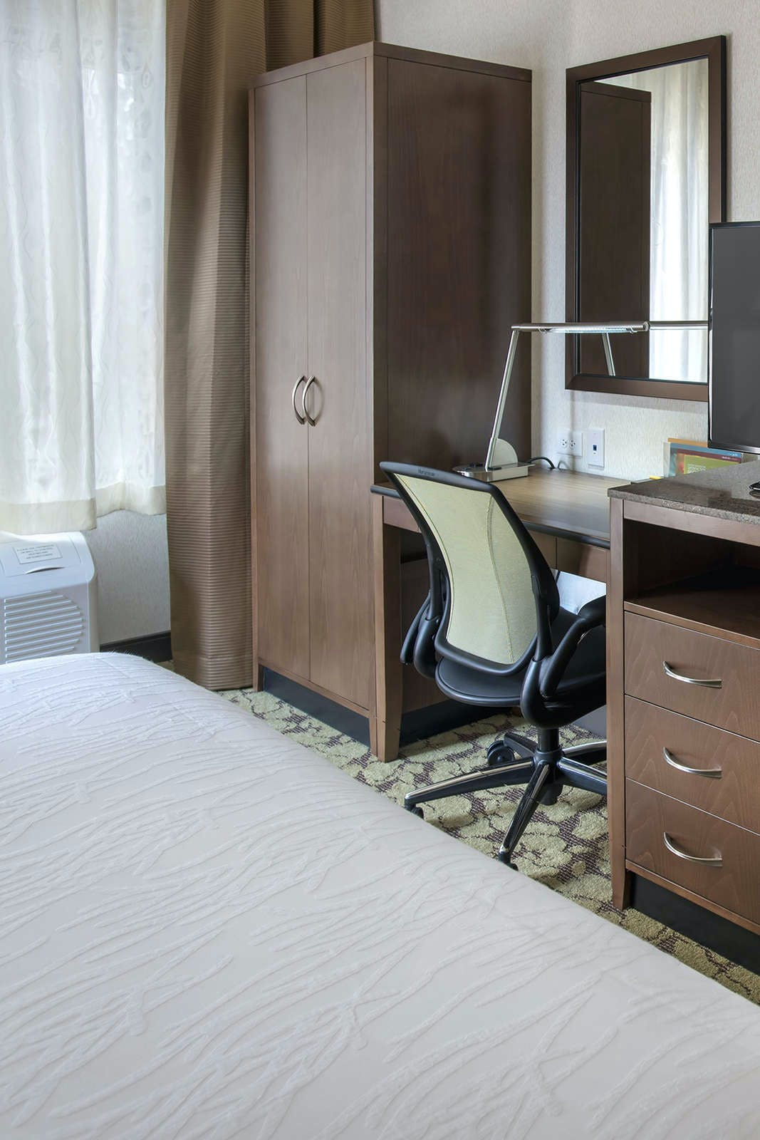 Hilton Garden Inn Chicago / North Loop Hotel