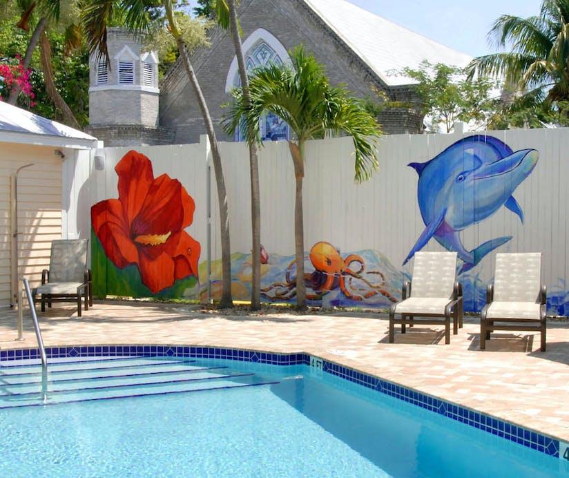 Astonishing The Duval House Florida Keys Hoteltonight Download Free Architecture Designs Scobabritishbridgeorg