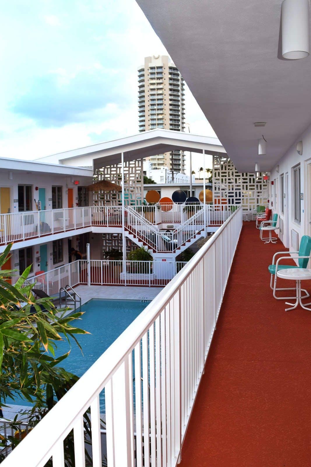 Waterside Hotel + Suites