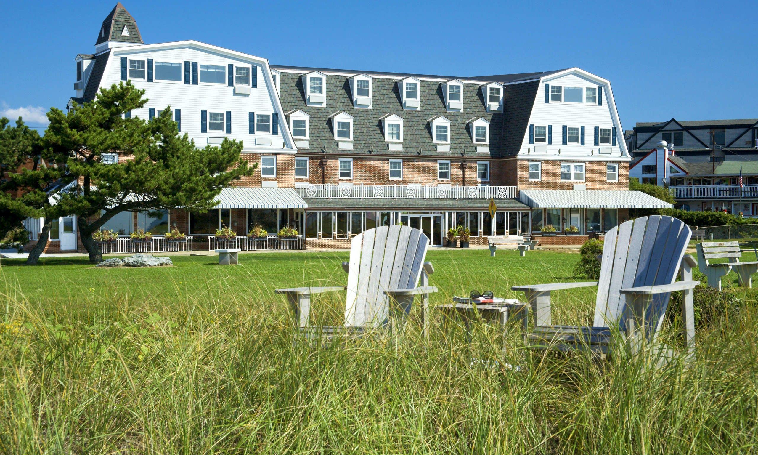 hotel deals near newport ri