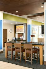 Holiday Inn Express & Suites Salisbury