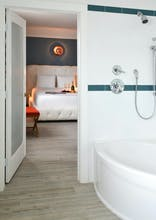 Oceanside Hotel + Suites