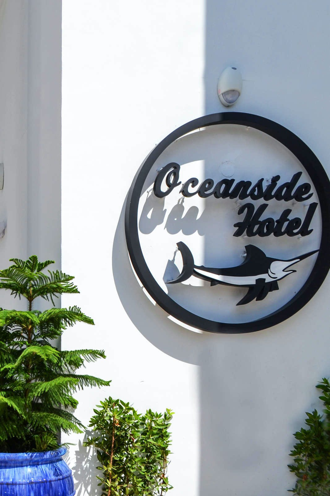 Oceanside Hotel + Suites
