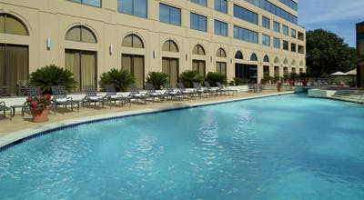 Austin South Park Hotel