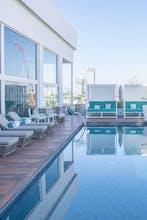 Square Small Luxury Hotel