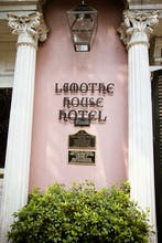 Lamothe House Hotel