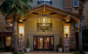 Larkspur Landing Hillsboro - An All-Suite Hotel