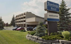 Travelodge Kingston La Salle Hotel