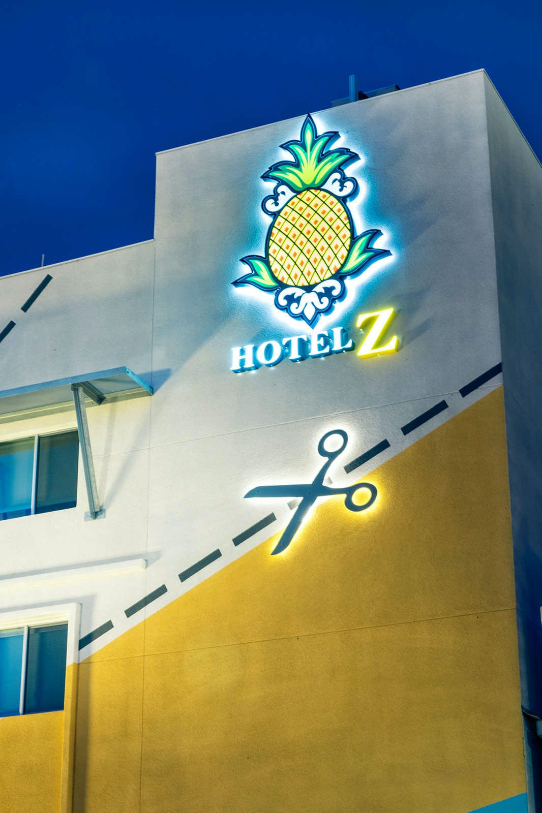 Staypineapple at Hotel Z
