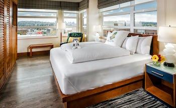 Staypineapple at Watertown Hotel