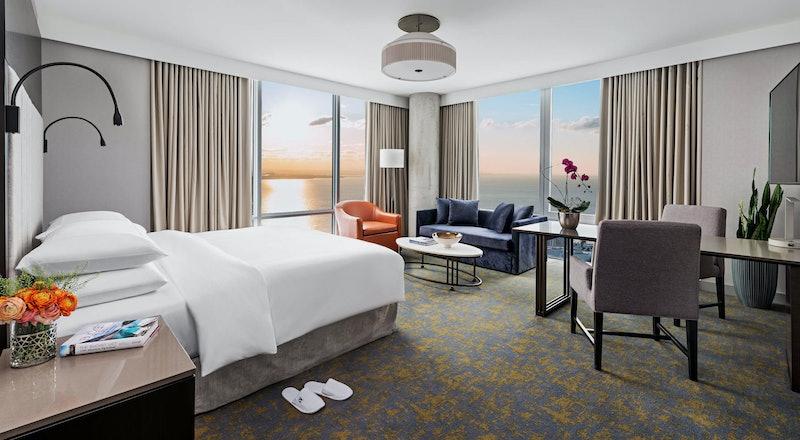 Last Minute Hotel Deals in Toronto - HotelTonight