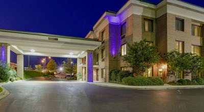 Holiday Inn Express Hotel & Suites Columbia