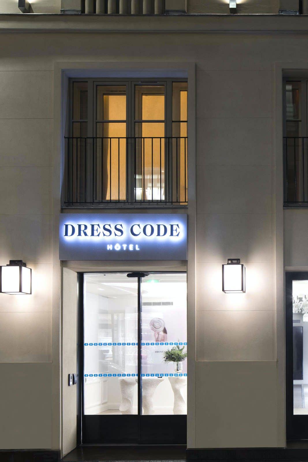 Dress Code & Spa