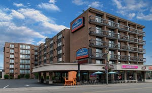 Howard Johnson Hotel By The Falls Niagara Falls