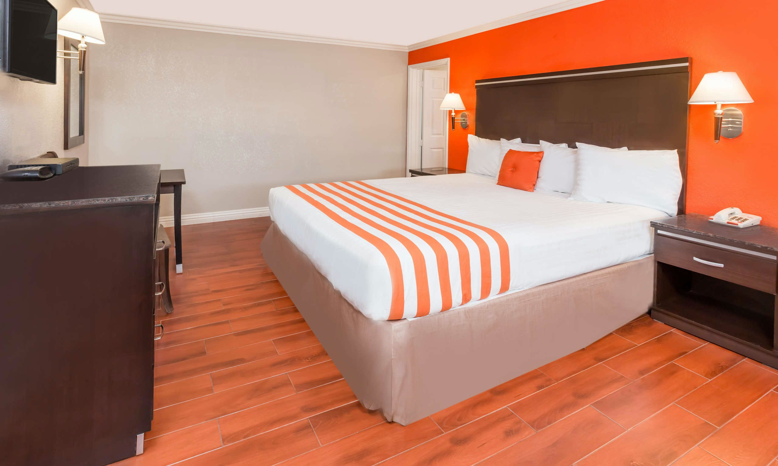 Howard Johnson Inn And Suites-Orange