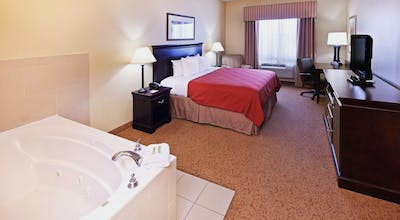 Country Inn & Suites by Radisson, Midland, TX
