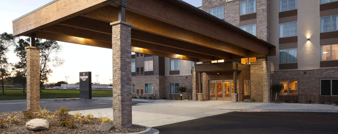Country Inn & Suites by Radisson, Roseville, MN