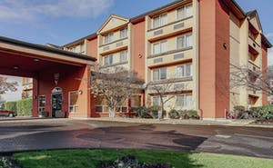 Phoenix Inn Suites - Lake Oswego