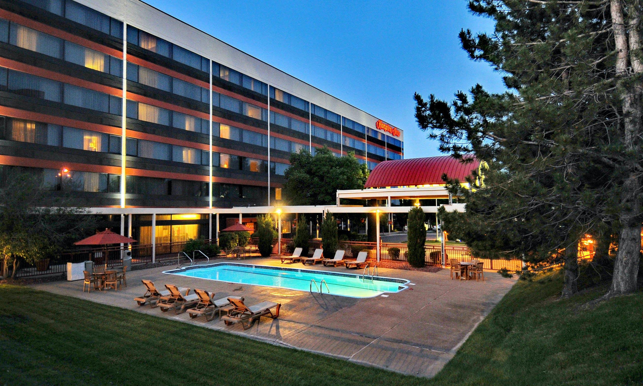 last minute hotel deals denver co
