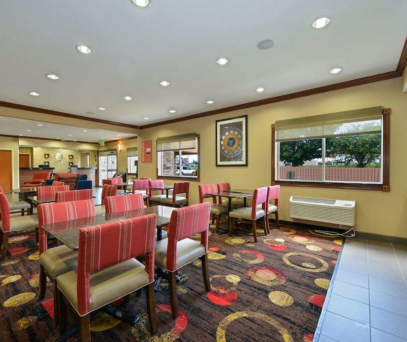 Comfort Inn Suites Coralville Hoteltonight