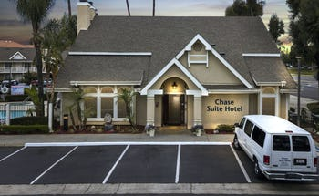 Chase Suite Hotel Brea