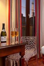 Hotel Eiffel Rive Gauche