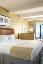 Country Inn & Suites by Radisson, Virginia Beach (Oceanfront), VA