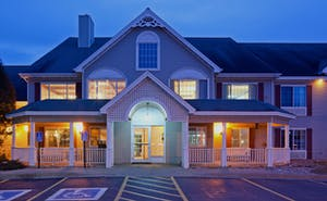 Country Inn & Suites by Radisson, Detroit Lakes, MN