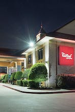 Red Roof Inn & Suites Dallas – Addison