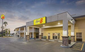 Super 8 By Wyndham Ellenton Bradenton Area