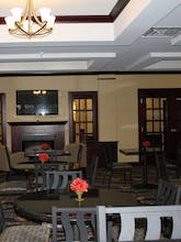 Holiday Inn Express Hotel & Suites Niles