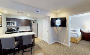 Chase Suite Hotel Newark