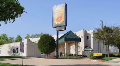 Super 8 By Wyndham, Garland/Rowlett/East Dallas Area