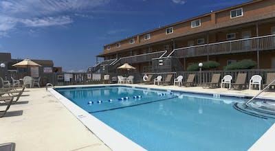 Sun 'n Sound Waterfront Resort