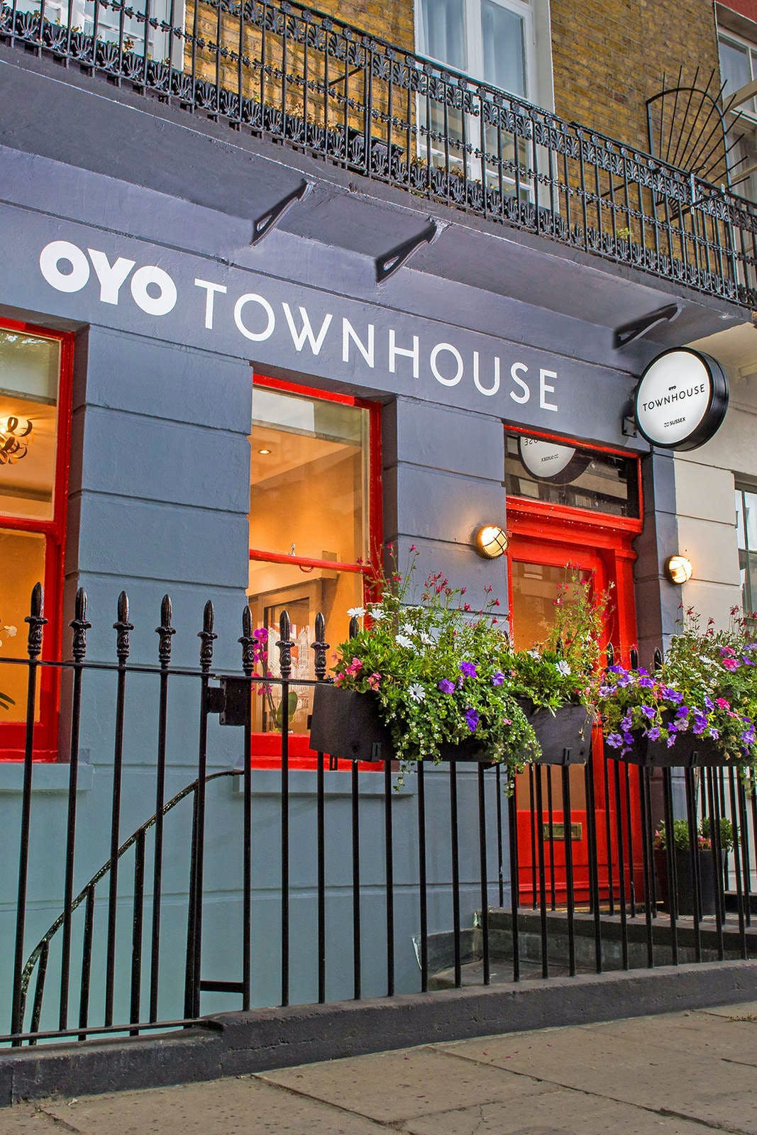 OYO Townhouse 30 Sussex