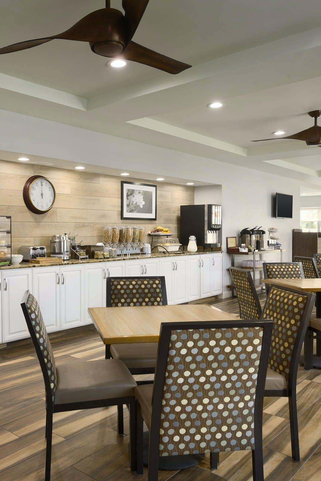 Country Inn & Suites by Radisson, Vero Beach-I-95, FL