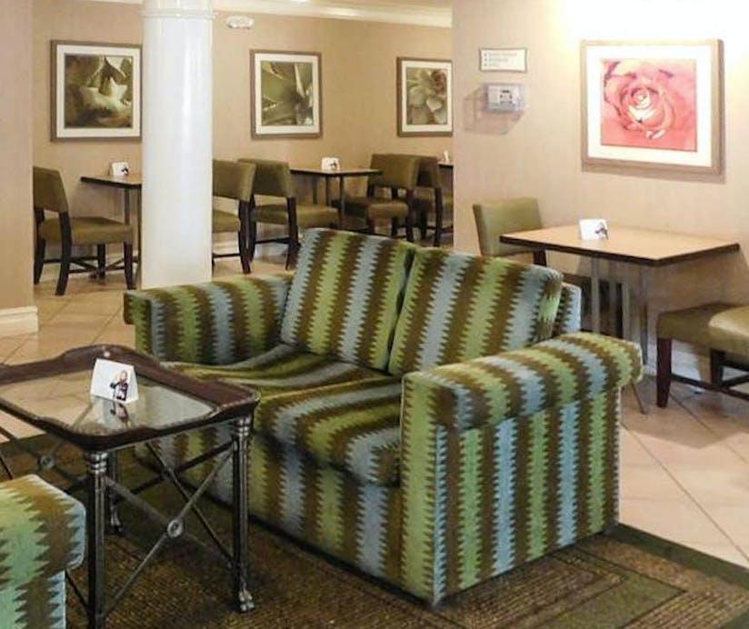 Days Inn Suites Schaumburg Chicago Hoteltonight