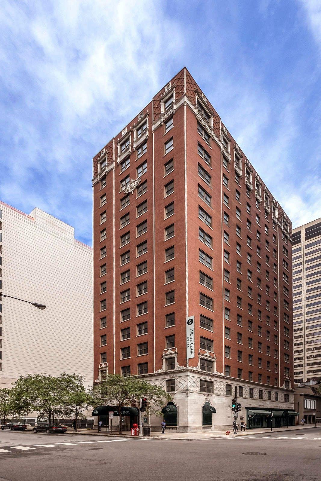 St. Clair Hotel - Magnificent Mile
