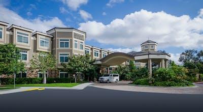 West Inn & Suites