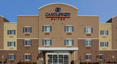 Candlewood Suites Oak Creek