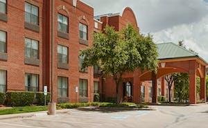 Magnuson Hotel Park Suites