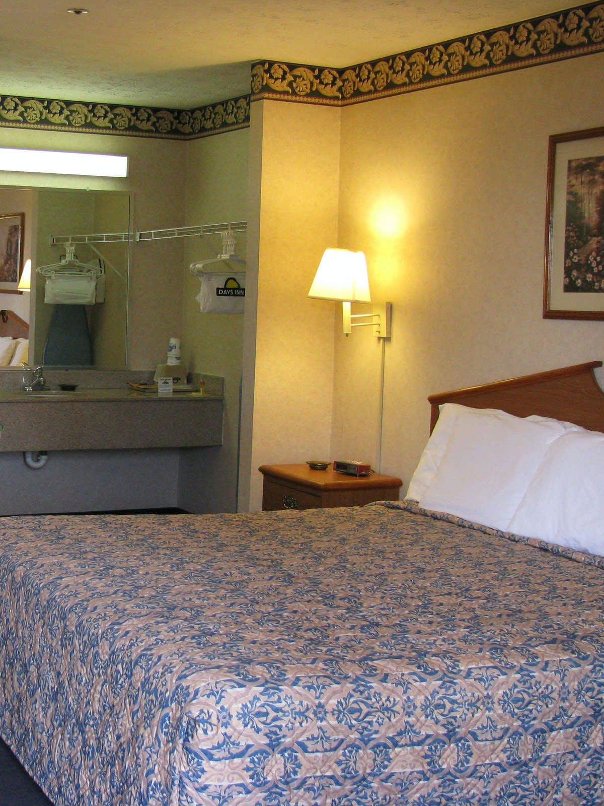 Magnuson Hotel Atlanta South