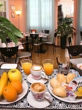 Hotel Cairoli