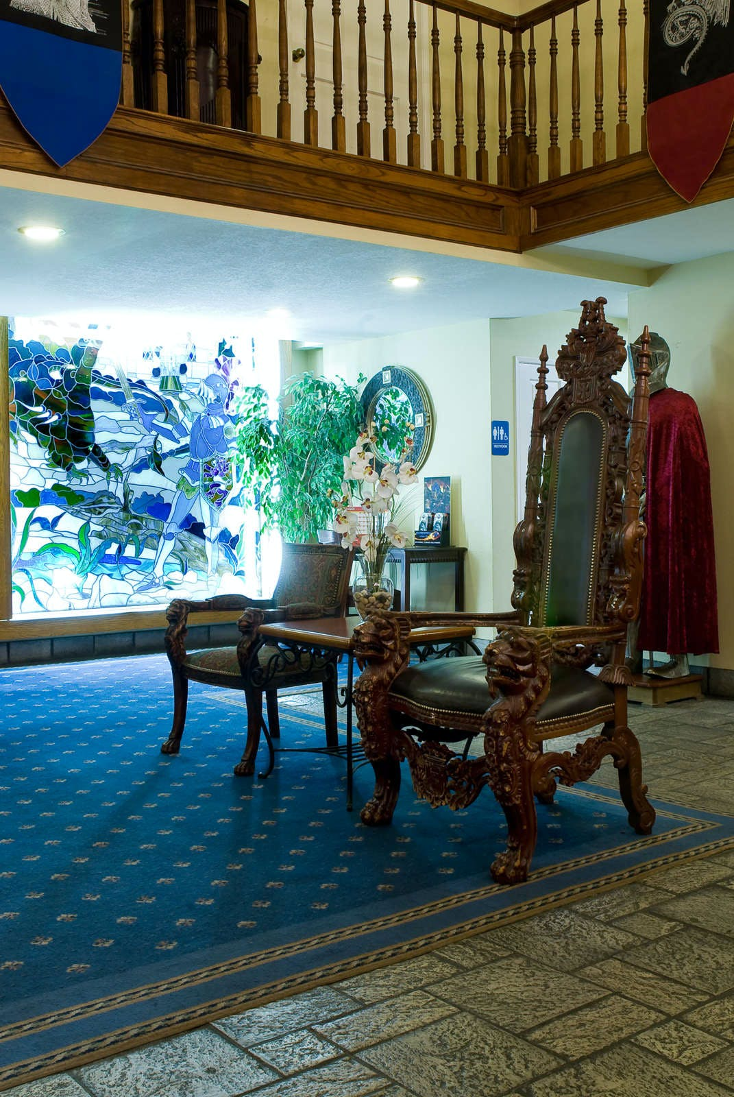 Castle Inn & Suites