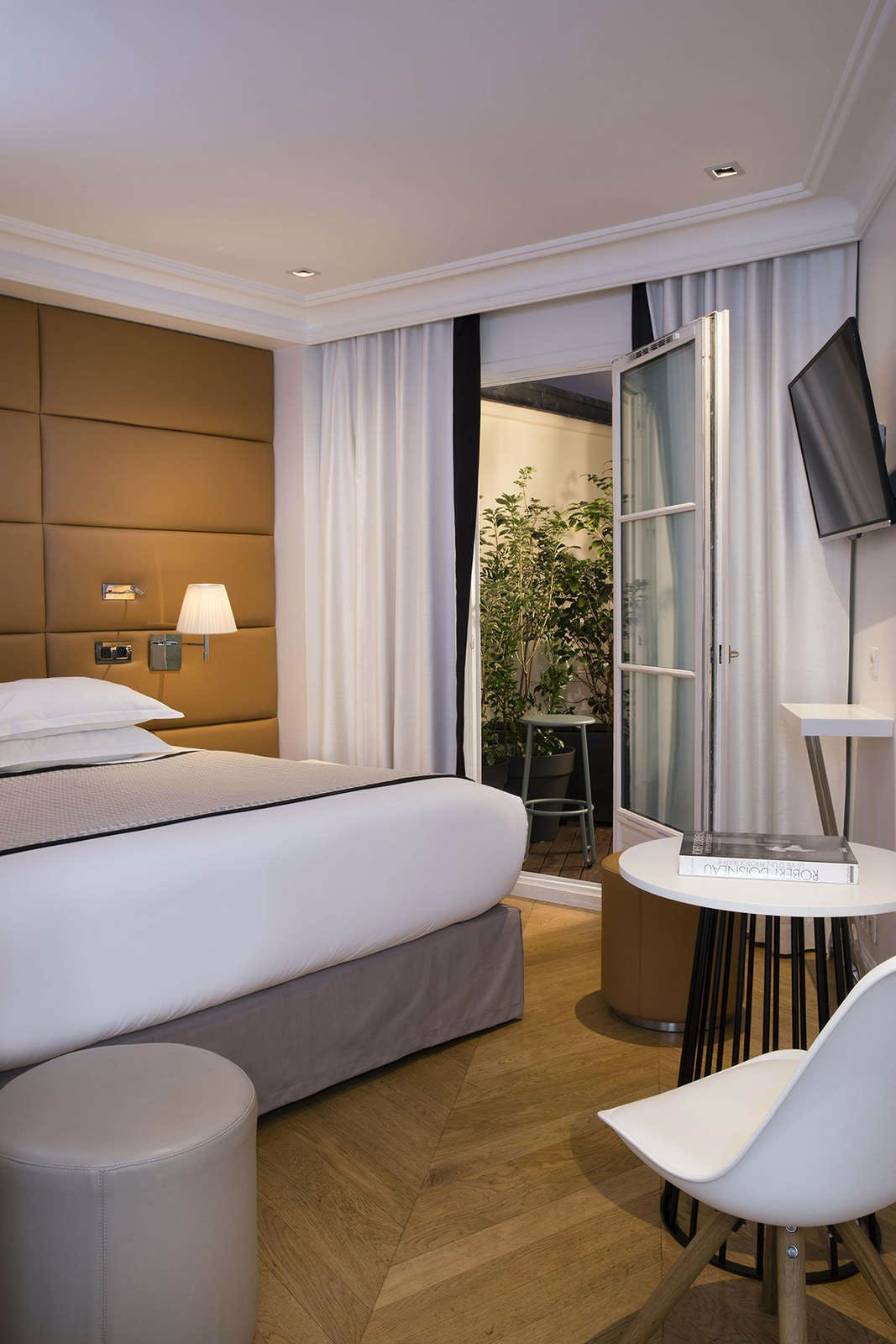 Hotel R De Paris