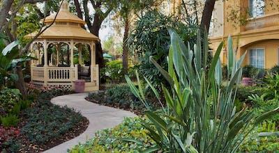 La Quinta by Wyndham USF (Near Busch Gardens)