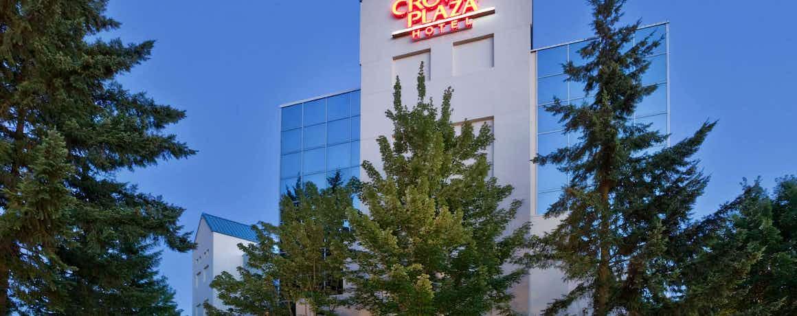 Crowne Plaza Portland Lake Oswego