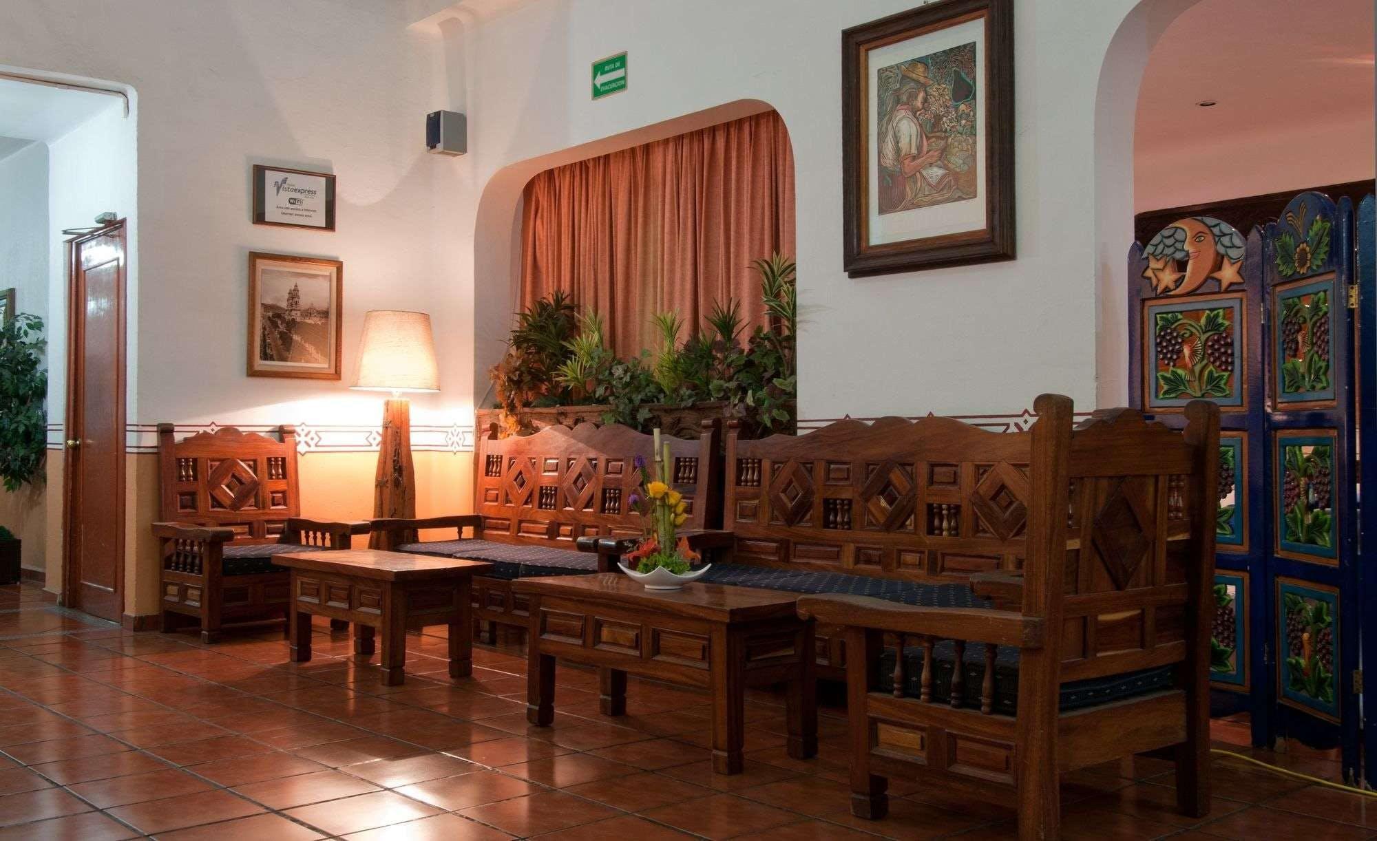 Hotel Vista Express Morelia