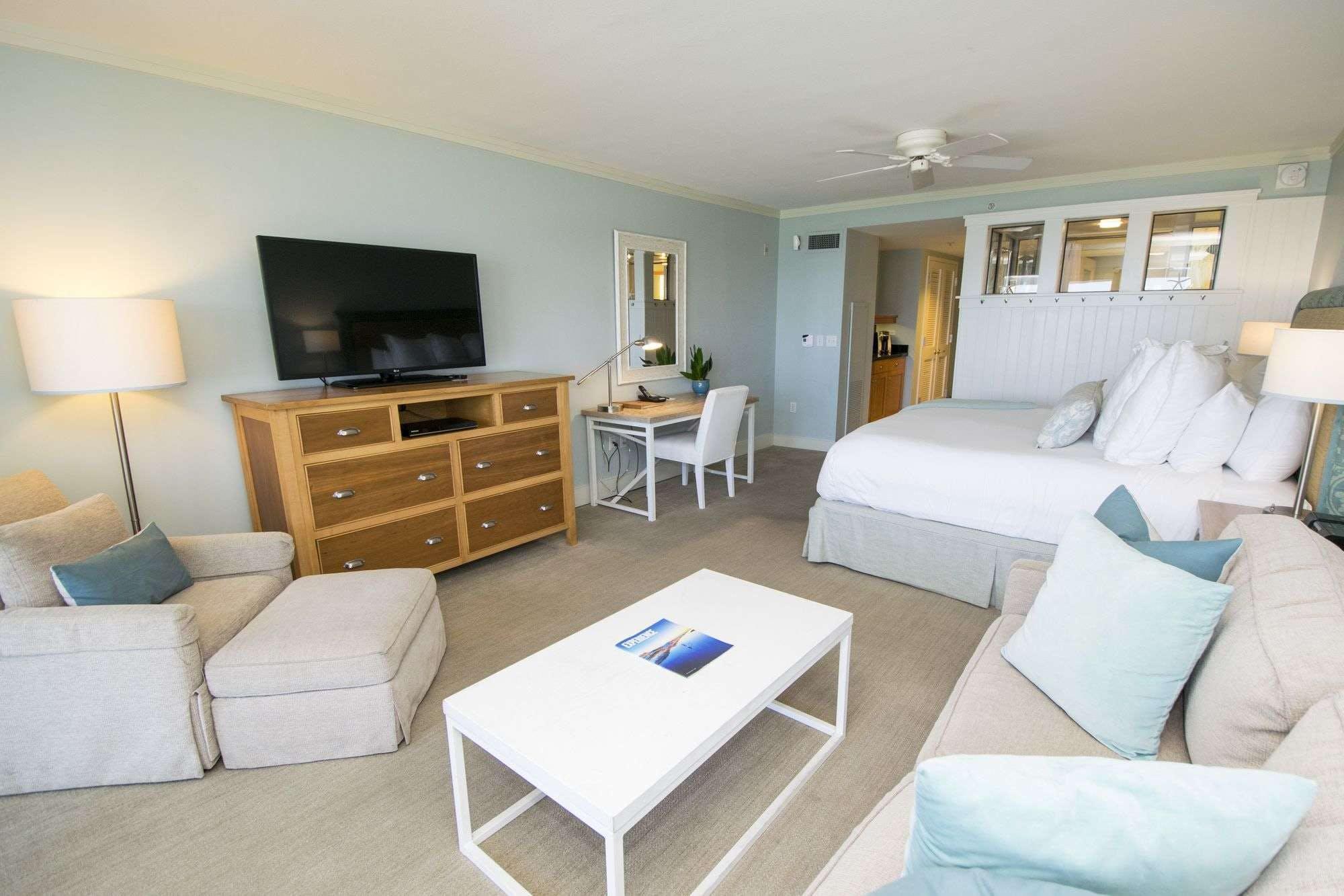 WaterColor Inn & Resort